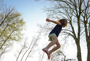 trampolina do ćwiczeń w domu